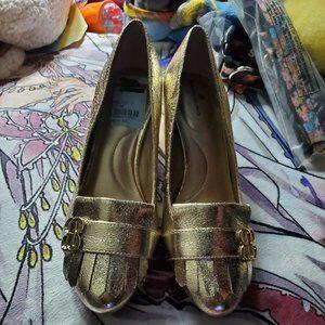 Womens 7M Bandolino Olale Gold Heels Pumps NWOT